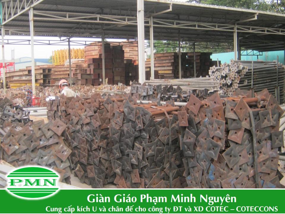 Gian-giao-Pham-Minh-Nguyen-giao-hang-cho-Conteccons (9)